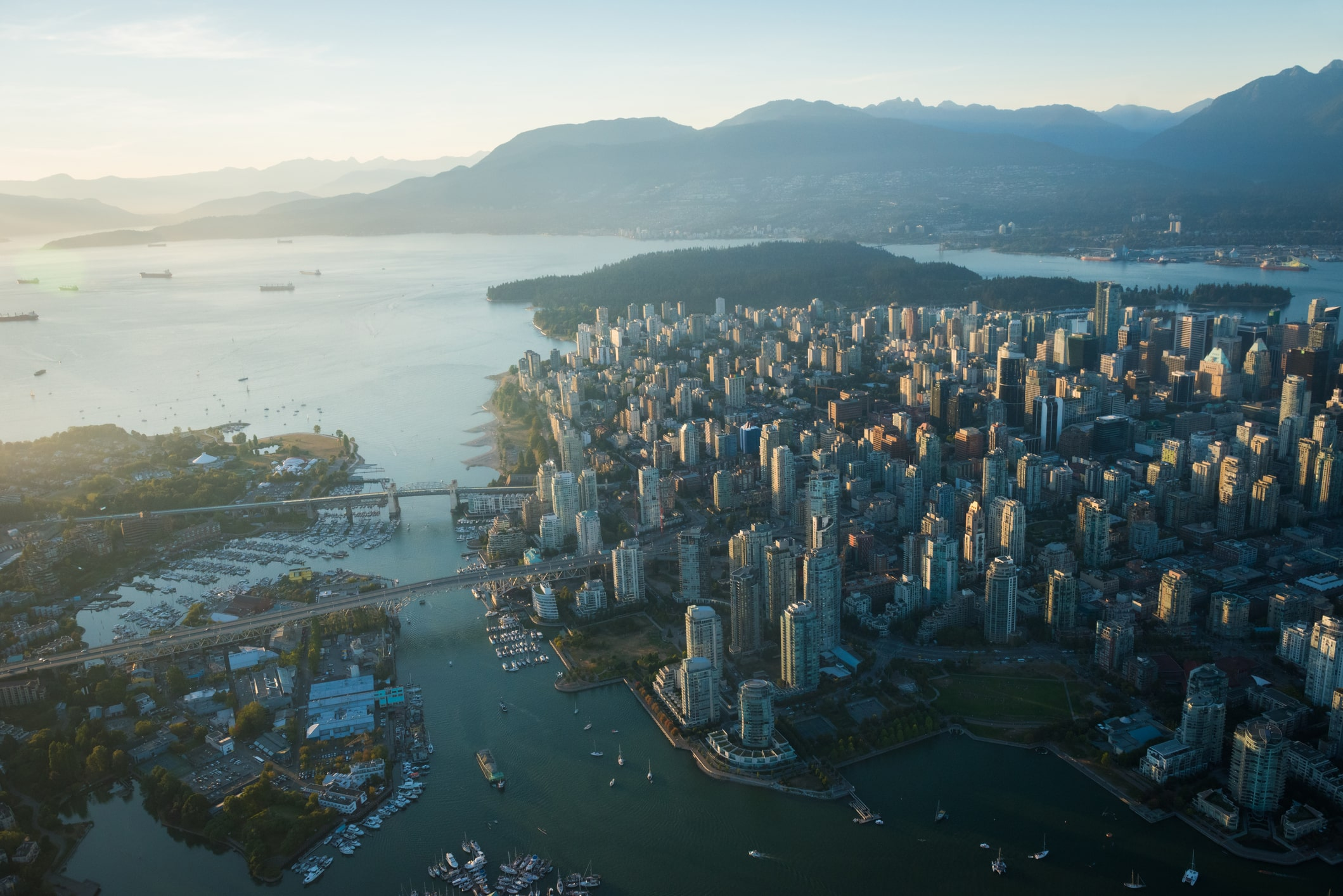 where to live in vancouver